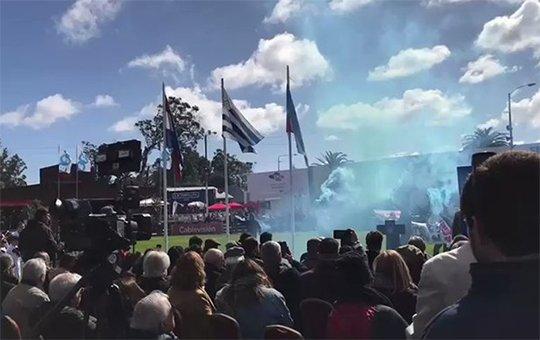 Uruguay: animalistas irrumpieron en la inauguración de la Expo Prado