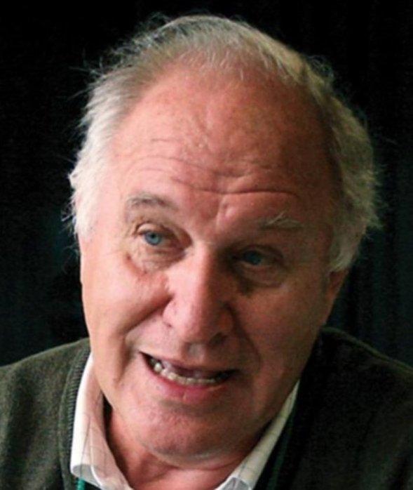 Víctor Tonelli.