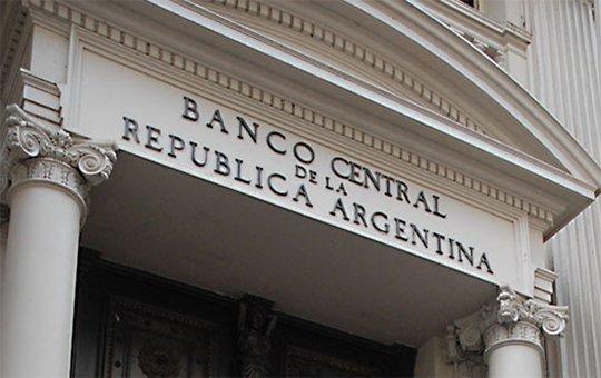 El Banco Central aplica duro golpe a la competitividad argentina