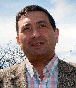 Carlos Di Bella.